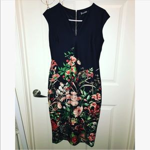 Flower fitted dress 🌺🌹🌷